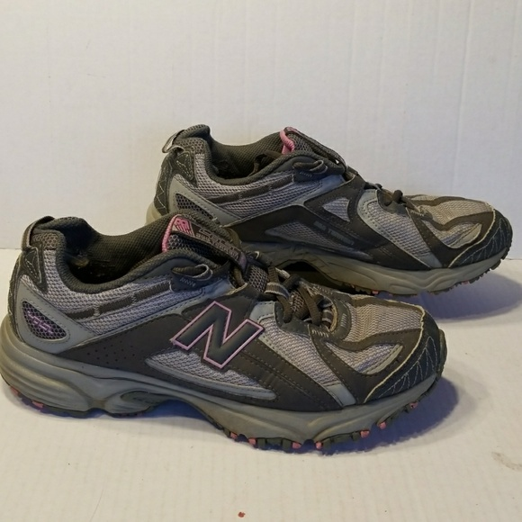 49c48405afe8a New Balance 411 all terrain women's shoes size 10D.  M_5aa54c3585e6053ad6c8b7e9